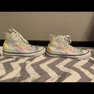 High Top Tye Dye Converses